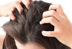 大量の皮脂は頭皮環境を悪くする
